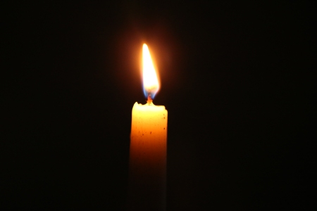 bn3q09604_candle_light
